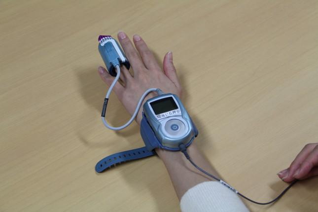 睡眠時無呼吸症候群 携帯型検査装置「ウォッチパット」のセンサー